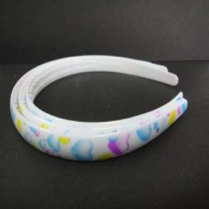 Plastic Headbands White With Heart Pattern