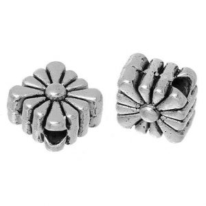 Antique Silver Flower Pattern Rhombus Beads