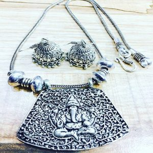 Ganesh Pendant With Jhumkas