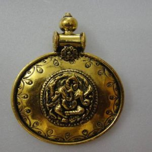 Round Pendant With Ganesh
