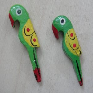 Green Painted Wooden Parrot Bead