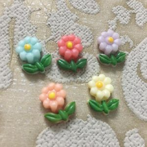 Cute Flowers Resin Embellishment