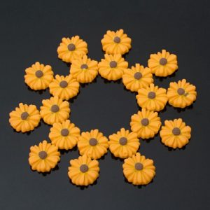 Yellow Daisy Flowers Resin Embellishment