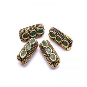 Victorian Beads - Capsule With Green Stone