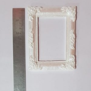 White Resin Embellishment - Rectangle Style 1