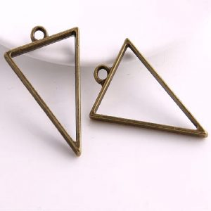 Antique Bronze Triangle Pendant Blank Frame