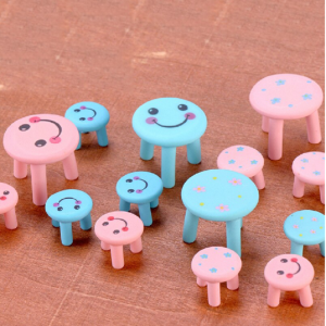 Miniature Smiley Round Stool