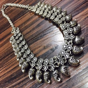 German Silver Small Mango Pattern Necklace